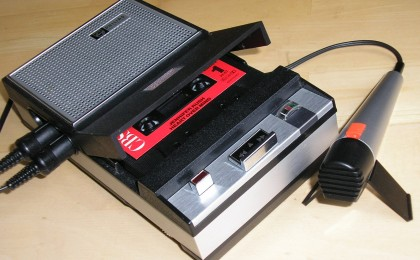 Analog kassettbandspelare