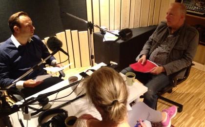 Åsa Melin Mandre, Alexander Mason och Rolf van den Brink spelar in Cisions poddradion Passion för kommunikation